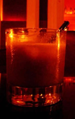cocktails at Le Bar in Buenos Aires