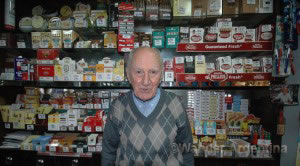 Ricardo Aristides Guerrero in his tobacco store on Ave. de Mayo