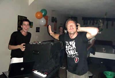 Milhouse: BA's Party Hostel