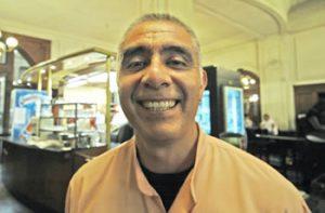 Porteño Corner: Cafe Retiro Waiter, 'Charly' Castillo