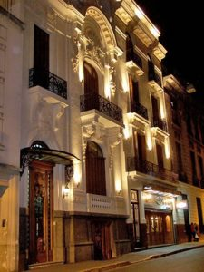 Mansion Dandi Royal: San Telmo's Tango Hotel