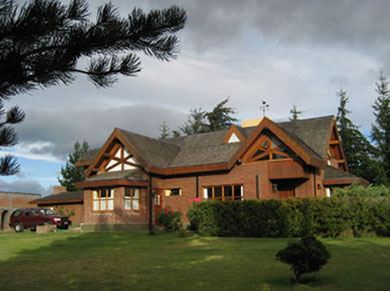 An outside view of Hosteria Canela, Esquel in the Chabut province of Argentina