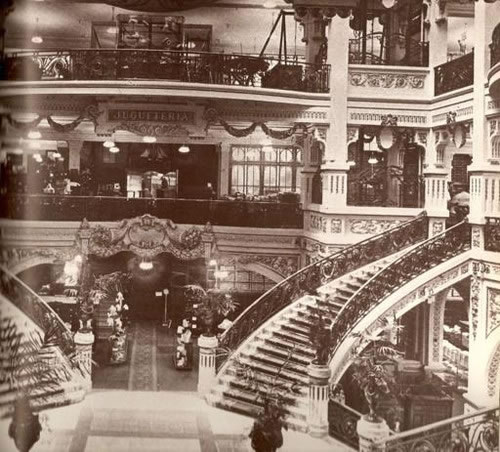 A Buenos Aires archival photos shows the extravagant interior of the Gath and Chavez building, circa 1914. The building featured ornate ironwork, ceramic and marble floors, wide staircases and intracate moldings.