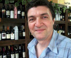 Porteño Corner: Alberto Baiz , Owner of Rincón de Quesos
