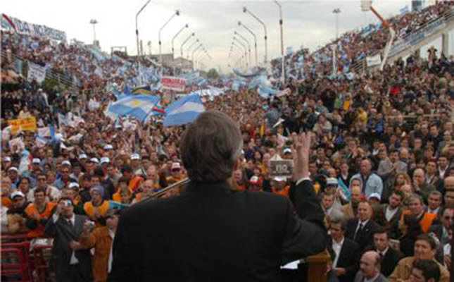 Nestór Kirchner addresses a rally as president of Argentina in 2006