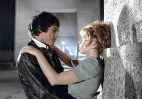 A screen shot of the Argnetine movie, La Mary staring Carlos Monzón and Susana Giménez