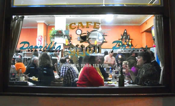 FAQ: Dining Out in Argentina —Customs, Cubiertos & Tips