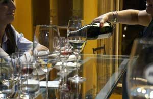 Wine being poured at a wine tasting in Palermo Buenos Aires