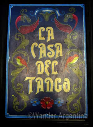 A Fileteo sign for the 'Casa de Tango' Tango Hall in Almagro