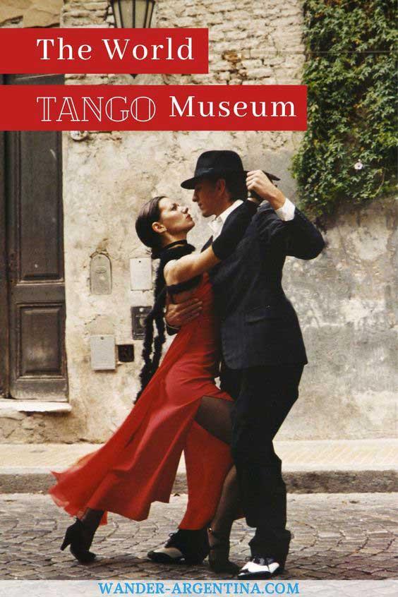 World tango Museum, a couple dancing tango