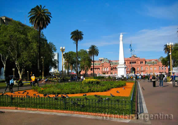 Take a Stroll through the Casa Rosada