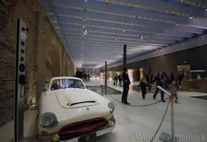 A Juan Domingo Perón era Justicialista car in the Museo de Bicentenario, Buenos Aires