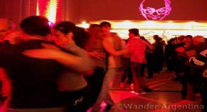couples dance the tango