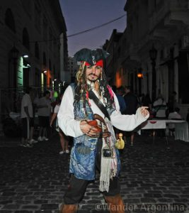 Foto of the Week: 'Jack Sparrow' at the San Telmo Fair