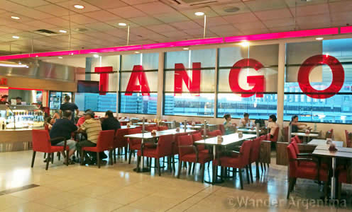 The Tango lounge area at Ministro Pistarini International Airport (Ezieza).
