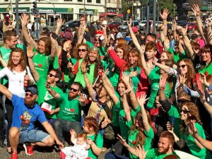 A group of redheads gathered at Buenos Aires' Obelisco to celebrate 'redhead day'